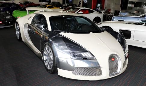 BUGATTI Veyron 16.4 L'Edition Centenaire