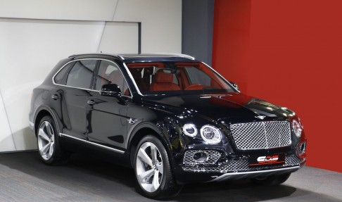 BENTLEY Bentayga – Signature Edition