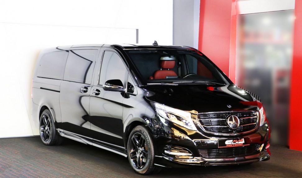Mercedes-Benz V-Class – Red/Black