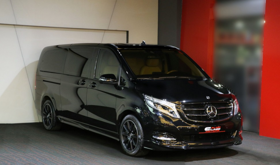 Mercedes-Benz V-Class – Beige with Wood
