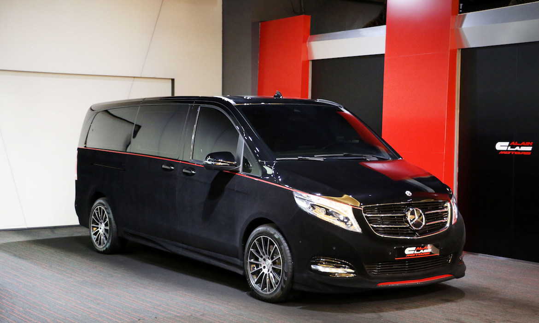 Mercedes-Benz V-Class – Red/Black with Carbon Fiber
