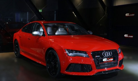 AUDI RS7 Quattro – Exclusive Package