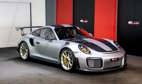 PORSCHE 911 GT2 RS – Weissach Package – With PPF