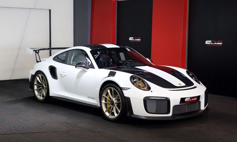 Porsche 911 GT2 RS Weissach Package