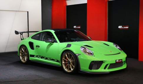 PORSCHE 911 GT3 RS – Weissach Package