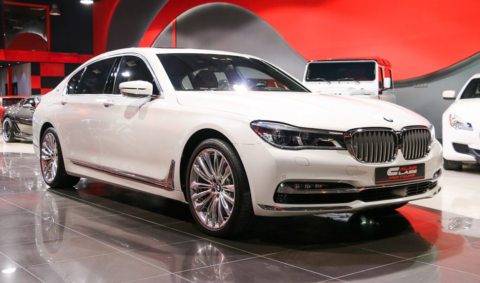 BMW 750LI XDrive(Under Warranty and Service Contract)