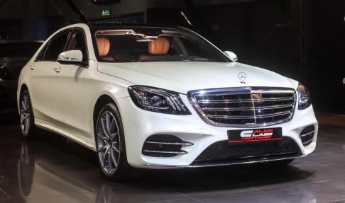 Mercedes Benz S560