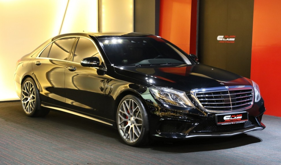 Mercedes-Benz S63 AMG (Brabus Kit)