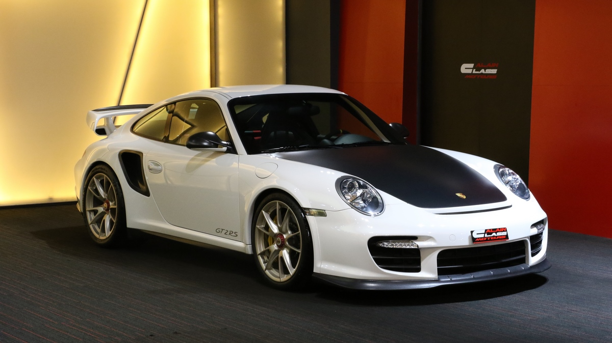 Porsche 911 GT2 RS Limited Edition – 1 of 500