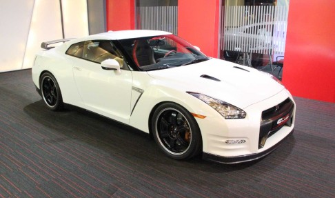 NISSAN GTR Black Edition SP Engineering